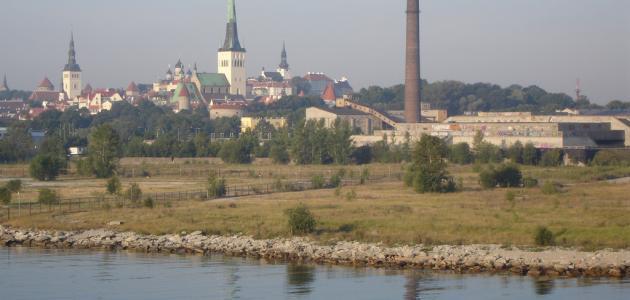 ما هي حدود دولة استونيا