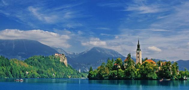 ما هي حدود دولة سلوفينيا