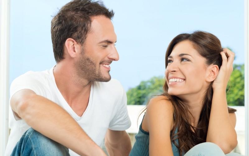 كيف اعرف من يحبني من نظراتة – كيفية معرفة حب شخص