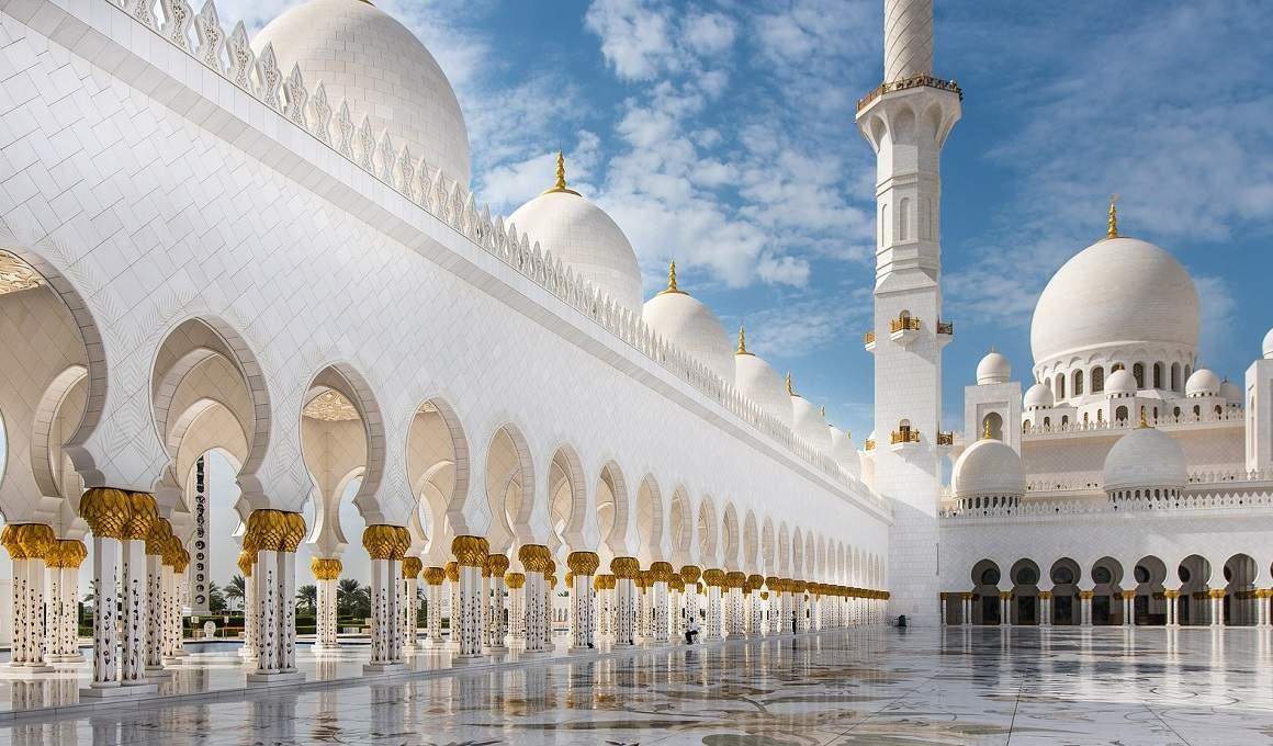 تفسير حلم رؤية خطبة على المنبر فى المنام  – رؤية إمام المسجد فى المنام