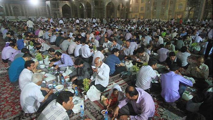 عادات المسلمين في شهر رمضان المبارك