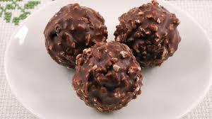 طريقة عمل كرات الشوكولاته والشوفان للرجيم